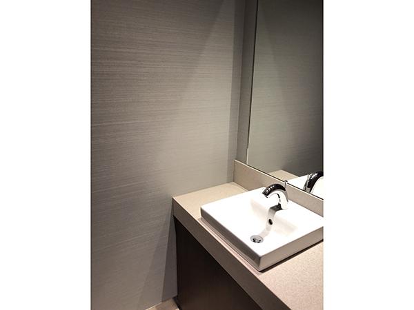 プラチナ御堂筋本町ビル トイレ2