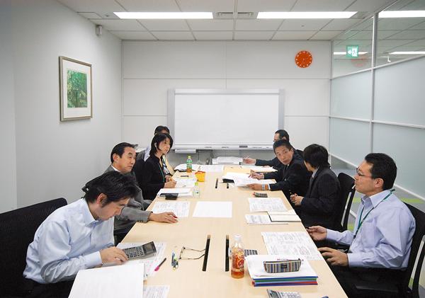 オフィス移転プロジェクト事例 / ライオン商事株式会社 / 会議室