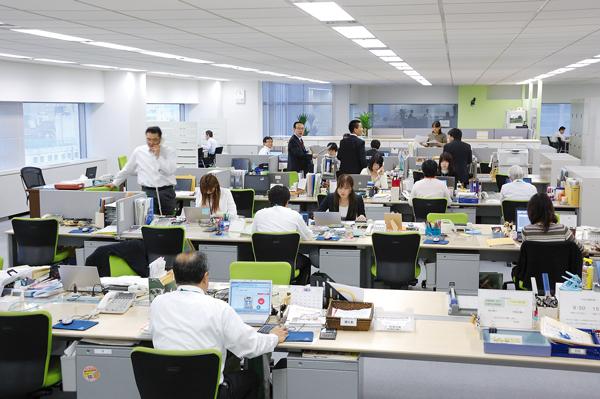 オフィス移転プロジェクト事例 / ライオン商事株式会社 / オフィススペース