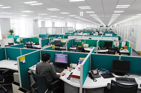 オフィス移転プロジェクト事例 / アストラゼネカ株式会社 / オフィススペース