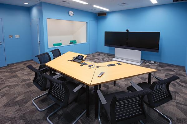 オフィス移転プロジェクト事例 / アストラゼネカ株式会社 / 会議室