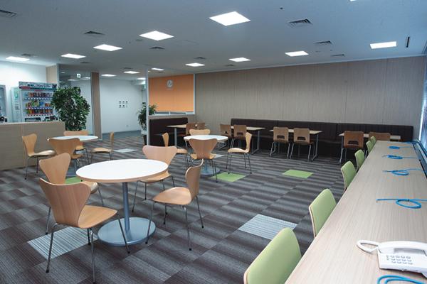 オフィス移転プロジェクト事例 / エア・ウォーター株式会社 / 会議室