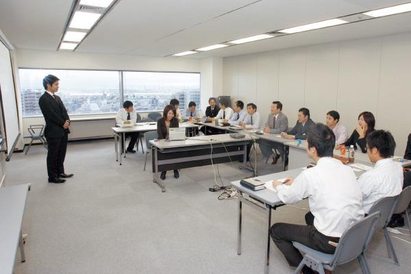 拠点再構築により誕生した、新生「神戸支店」の様子